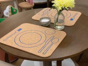 Podkładka korkowa na stół dla osób praworęcznych